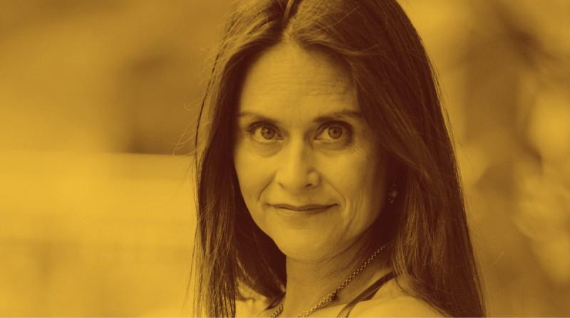 Elsie Escobar cuenta sus experiencias produciendo podcasts