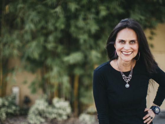Elsie Escobar la Reina del podcasting norteamericano