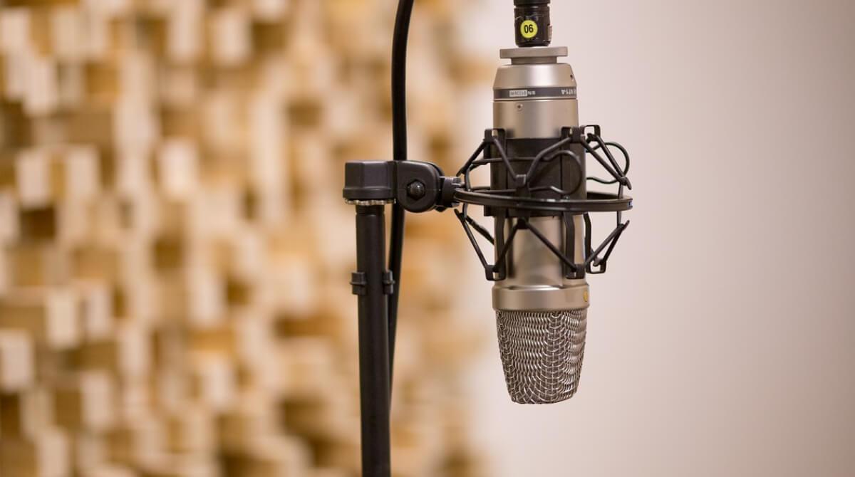 ¿Cómo crear un podcast narrativo éxitoso