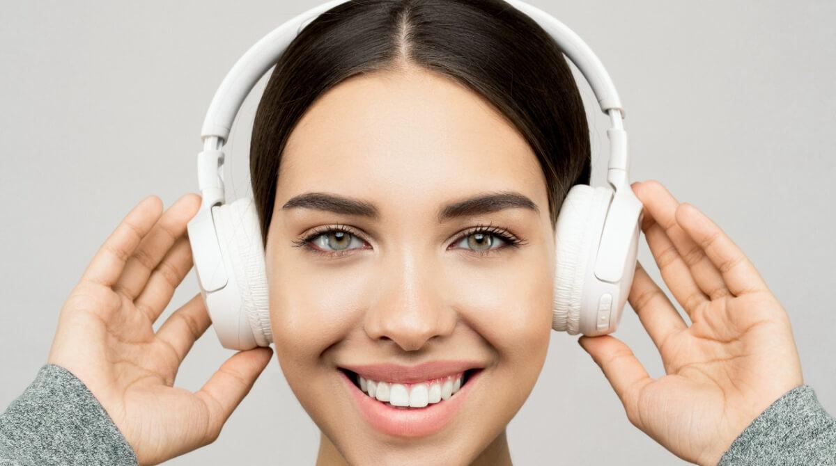 Las mujeres al mando del crecimiento del podcasting