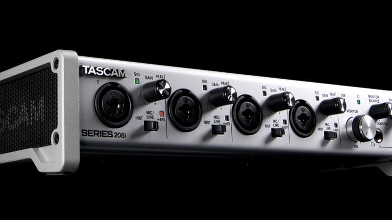 Tascam Serie 208i