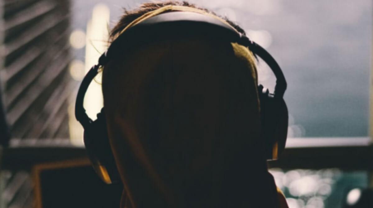Uso de podcasts aumenta en la comunidad afroamericana e hispana