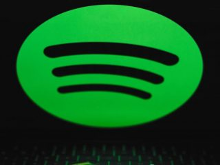 Spotify busca dominar la industria del podcasting