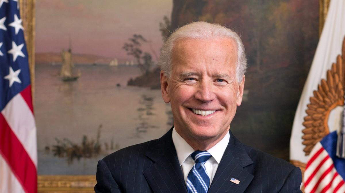 Joe Biden en la lista de anunciantes en podcasts