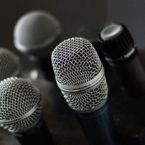 Podcasts hispanos nominados a los iHeartRadio Podcast Awards 2021